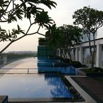 Foto de Village Hotel Changi by Far East Hospitality