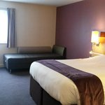 premier Inn Castleford j32 family room
