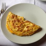 """Waited 15 minutes for this """"omelet"""""""