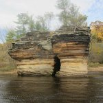 Rock formations on the Lower Dells tour