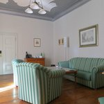 Gustav Suite - sitting area (television out of picture)