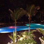 Foto de Coconut Bay Beach Resort & Spa