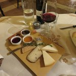 La Fonte Restaurant - Cheese plate (DELICIOUS!)