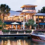 Dining on the waterfront at Horseshoe Bay Resort