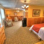 Spacious Suite with 2 Double Beds