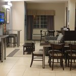 Microtel Inn & Suites by Wyndham Elkhartの写真