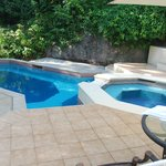 pool and jacuzzi in villa