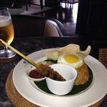 Nasi Goreng in the Planters' Lounge