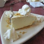 Look at this Delicious, light and fluffy Key Lime Pie !!! Oh, my Good.....
