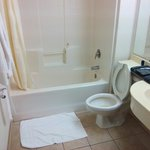 Regular bathroom, clean with hot water.