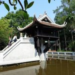 the pagoda is untouched but litter was everywhere because of the renovation