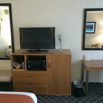 Photo de Holiday Inn Express North Hollywood - Burbank Area