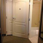 Huge bathroom door blocks door to hall, Hilton Garden Inn Annapolis