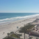 Foto de Tropical Winds Oceanfront Hotel