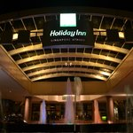 Holiday Inn Singapore Atrium resmi