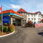 Photo de Baymont Inn & Suites Bellingham