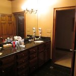 Bathroom, Palmetto Suite