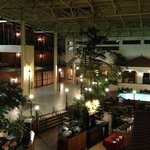Foto de Ramada Topeka Downtown Hotel and Convention Center