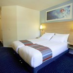 Aberdeen Central Hotel - Accessible/Twin Room
