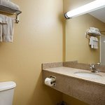 BEST WESTERN Penn-Ohio Inn & Suites Foto