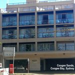 Coogee Sands Hotel & Apartments resmi