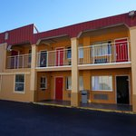 Econo Lodge Charleston resmi