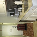 Kitchenette / Entrance