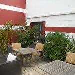 Photo de Cote Patio Hotel Nimes