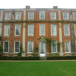 Photo de De Vere Venues Chicheley Hall
