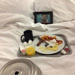 Breakfast in bed with Zach Galifianakis