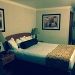 BEST WESTERN PLUS Holiday Hotel Foto