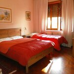 The Home in Rome Kosher Bed and Breakfast resmi