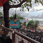 Photo de Lanai Beach Bar a