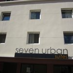 Photo de Seven Urban Suites