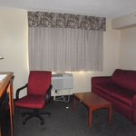 BEST WESTERN East Towne Suites resmi