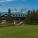 Front of Glacier Park Lodge
