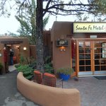 Main entrance to Santa Fe Motel and Inn
