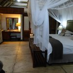 Thornybush Game Lodge照片