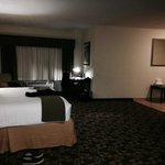 Foto de Holiday Inn Express Hotel & Suites Kansas City Sports Complex