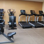 Hilton Frontenac Fitness Center Equipment