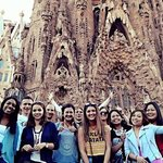 Barcelona Free Tours by HostelCulture