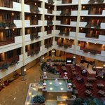 Photo de Embassy Suites Huntsville - Hotel & Spa