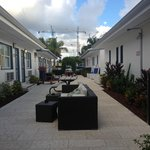 Photo de Hollywood Beach Suites, Hostel and Hotel