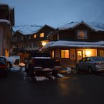 Banff Boundary Lodge resmi