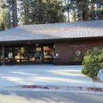 Grant Grove Kings Canyon Visitor Center