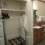 Macoun cottage, closet area