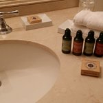 Four Seasons Toiletries