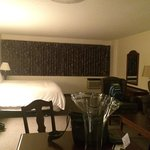 The Business Inn & Suites Foto
