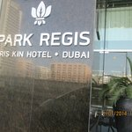 Photo de Park Regis Kris Kin Hotel
