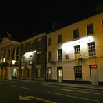 The White Hart Inn at night